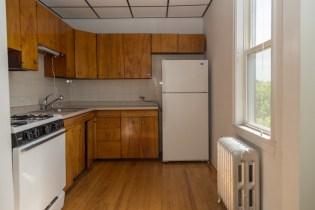 366 Ogden Ave - Kitchen