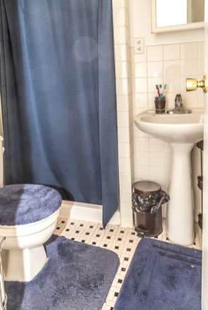 126 Madison St #2 - bathroom
