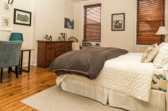 828 Washinghton St Apt 3 - bedroom 2