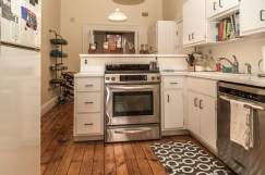 828 Washinghton St Apt 3 - kitchen