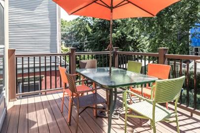 325 Park Ave - deck