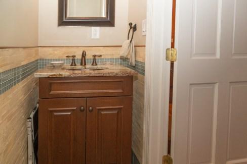 817 Garden St - bathroom 3