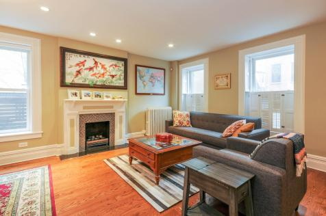 161 13th St - Living Room (2)