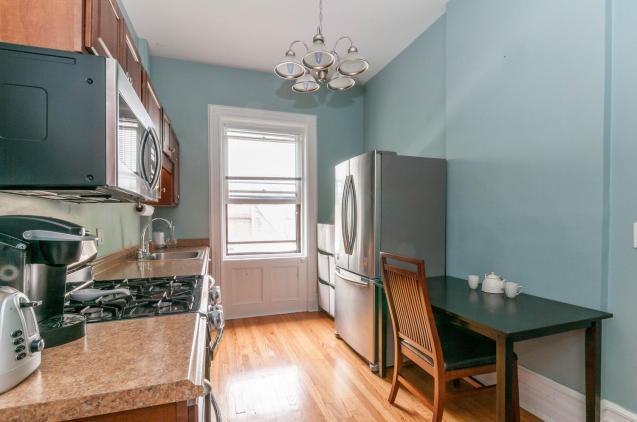 722 Hudson St - apt 2 kitchen