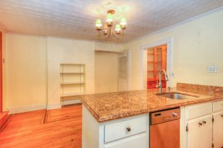 1027-willow-ave-17sc