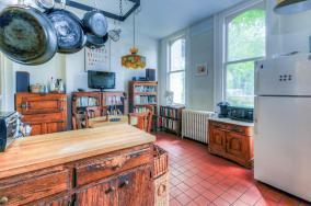 526 Bloomfield St kitchen 1