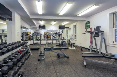 904 Jefferson St 6G gym 1