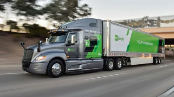 A Self-Driving Truck Got a Shipment Cross-Country 10 Hours Faster Than a Human Driver