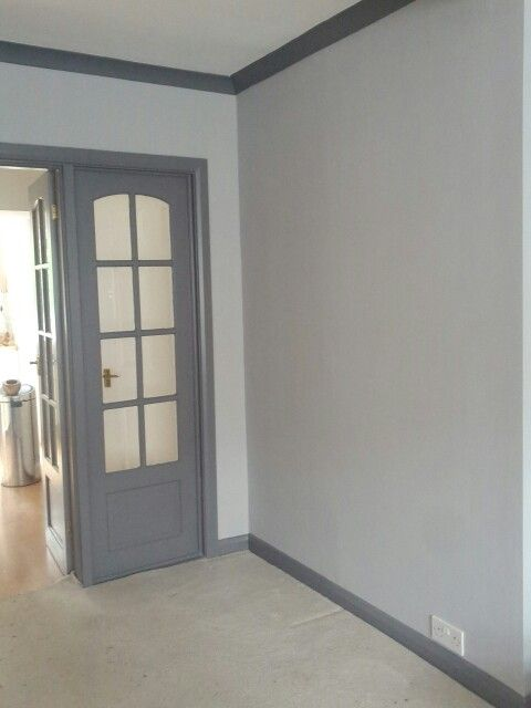 White walls, Grey woodwork