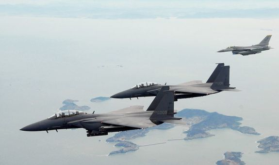 F-15Ks_ROKAF_with_USAF_F-16C