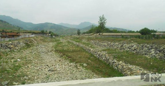 A dry North Korean river bed, hit by prolonged drought conditions in the country. | Image: Hans Seidel Foundation