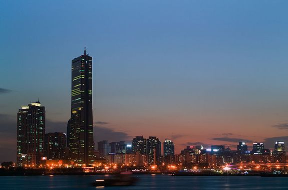 Seoul: a globalized political space, par excellence   Image Wikicommons