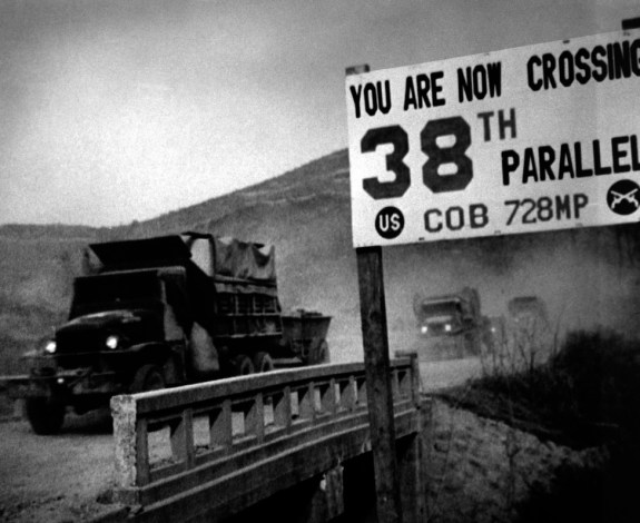 UN forces crossing the 38th parallel, 1950 | Image: US Army Korea historical image archive