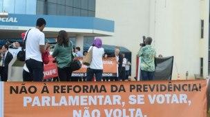 FENAPEF PARTICIPA DE MOBILIZAÇÃO CONTRA ATAQUES DO GOVERNO AOS SERVIDORES PÚBLICOS