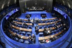Senadores estudam proposta paralela para incluir estados na Previdência