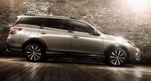 スバルエクシーガクロスオーバー7新型2017の値段