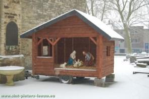 2009-01-06-leeuw_sneeuw-ijs-kerk-rink_kerststal
