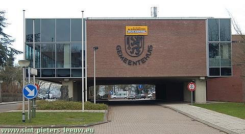 gemeentehuis Sint-Pieters-Leeuw