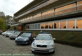 hoofdcommissariaat_politie_sint-pieters-leeuw_site-250