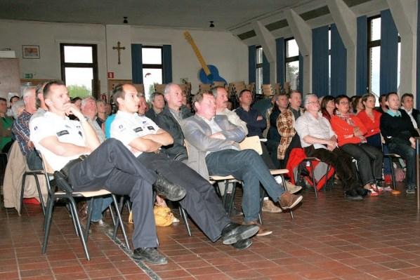 2013-05-28-Bewonersvergadering-Vlezenbeek_03