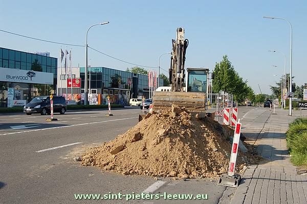 2013-06-05-werken-Bergensesteenweg_02