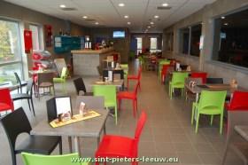 2013-11-14-nieuwe-cafetaria_sporthal_AJ-Braillard_Ruisbroek_1