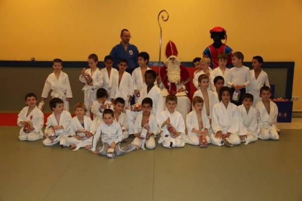 2013-12-04-sint-bezoekt-judoclub_10