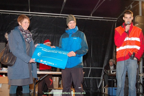 2013-12-27-kerstkorrida_kerstdorp (109)