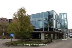 gemeentehuis_SINT-PIETERS-LEEUW