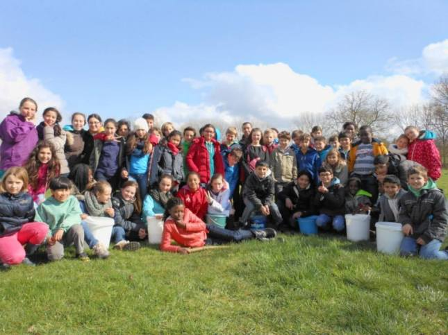 2014-03-21-VBS-Zuun_walk-for-water_11