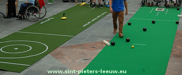 2014-05-27-archieffoto_curling-op-mat_sep2012