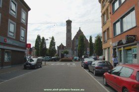 2014-08-04-centrum_NEGENMANNEKE_01-kerk