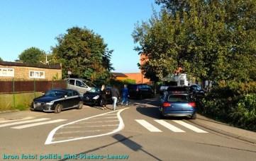 2014-09-02-politefoto_Fout-parkeren-school_01