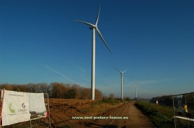 2015-11-01-WINDTURBINES_Sint-Pieters-Leeuw_Lot_Enecopower_WE-Power