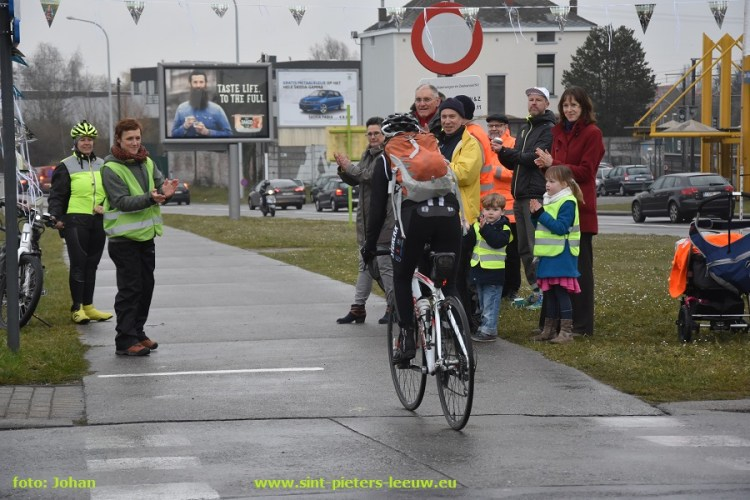 2016-03-21-fiets-applausactie_Ruisbroek_08