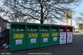 2016-11-25-kledijcontainers_ruisbroek