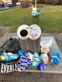 2017-02-18-sluikstort_aan_ondergrondse-glascontainer_01