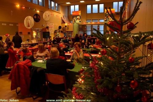 2019-12-19-Kerstmarkt_GBS-Wegwijzer-Ruisbroek_01