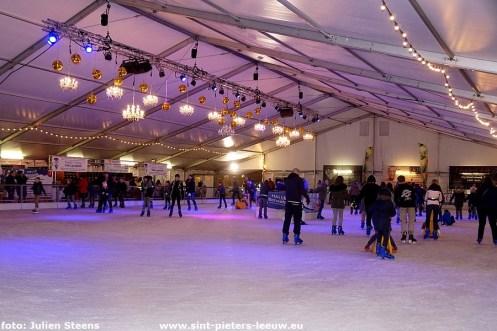 2019-12-19-Leeuwenaren__Halle-schaatst_01