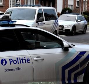 2019-12-19-politie_Politiezone-Zennevallei