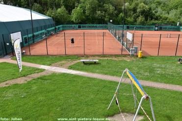 2020-05-05-corona_tennis_vissen_terug_toegelaten_01