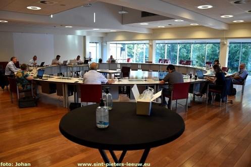 2020-06-25-gemeenteraad_met_Coronamaatregelen_en_videoconferentie (1)