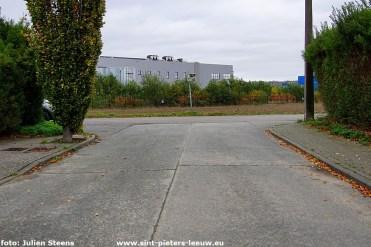 2020-10-30-kruispunt Edward de Baerdemaekerstraat en Beukenlaan (6)