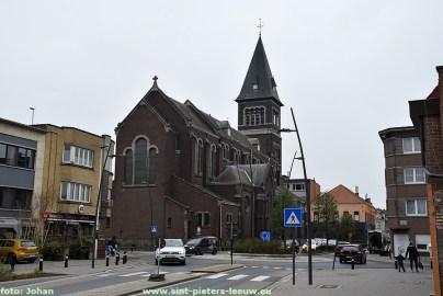 2020-12-02-rotonde-kerk-Ruisbroek-02