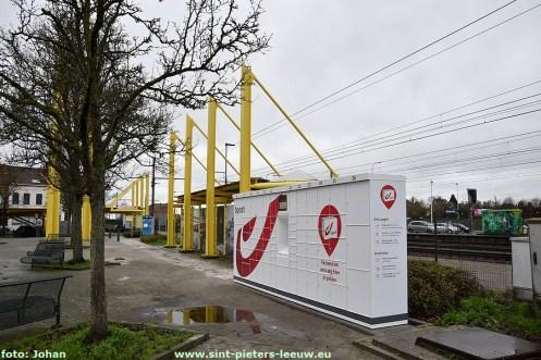 2020-12-23-pakjesautomaat-05_station-Ruisbroek