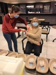 2021-01-22-vaccinatie_wzc-Zilverlinde_02
