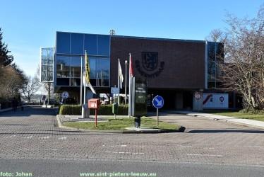 2021-02-21-gemeentehuis_sint-Pieters-Leeuw (2)
