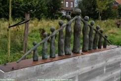 2021-08-26-kunstwerk_Verbinden_in_belevingstuin_Zilverlinde (1)