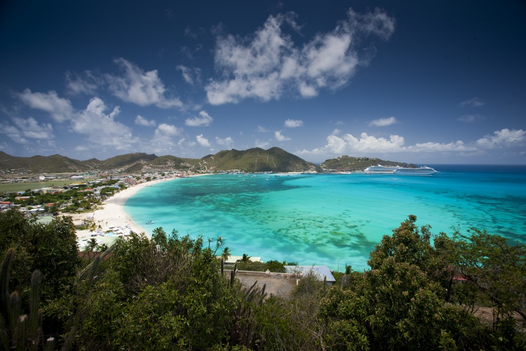 Moving to Paradise - Life in St Maarten