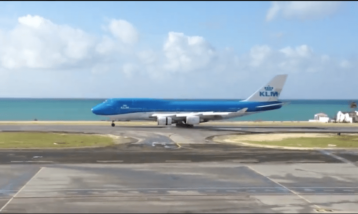 KLM's B747 returns to St Maarten to assist with relief efforts